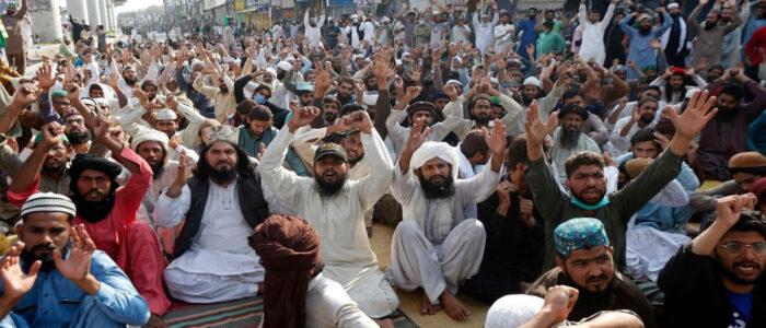 The New Crossroads: State, Religion, and the Tehreek-i-Labaik Pakistan